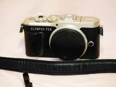 Olympus Pen E-PL9 Mirrorless Digital Camera Black Silver Body