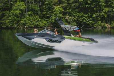 Malibu Wake Boat