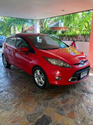 2014 Ford Fiesta Sport excellent condition