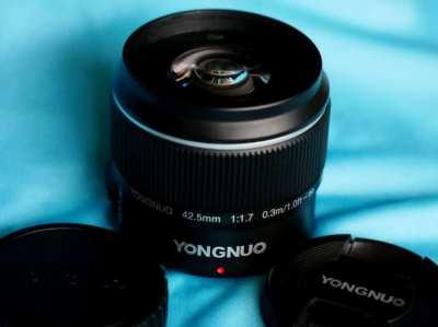 Yongnuo 42.5mm F/1.7 POWER O.I.S. Lens For Olympus, Panasonic