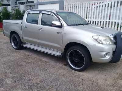 Toyota Hilux Vigo 3.0 Auto 18,642 klms