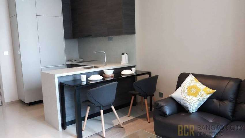 The Esse Asoke Ultra Luxury Condo Spacious 1 Bedroom Unit for Rent