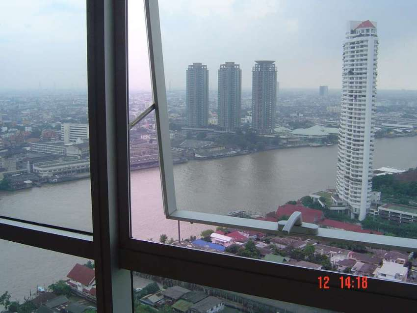 Exclusive Riverside Condo For Rent  BAAN SATHORN CHAO PRAYA