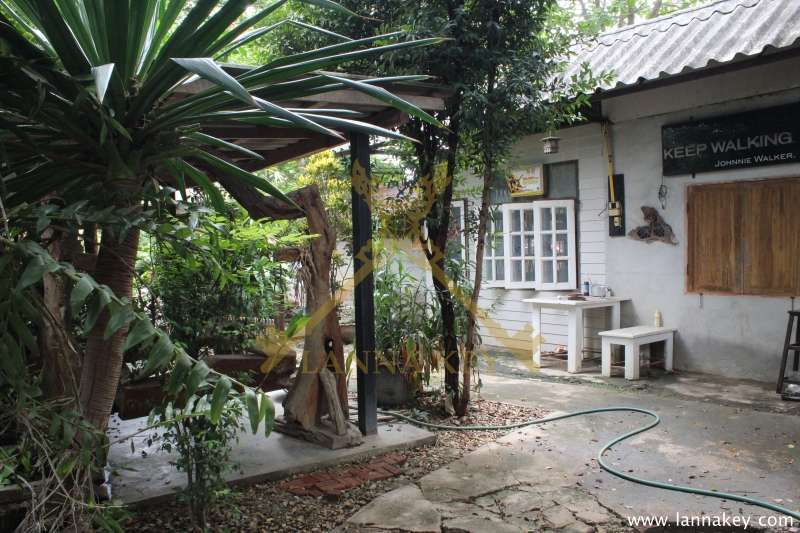 Nice Location House with 1-2-0 Rai of Land