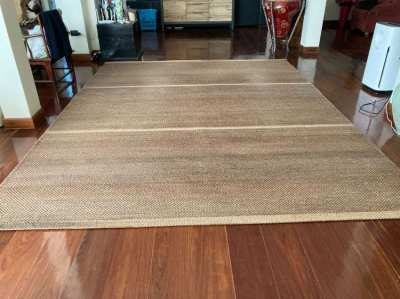 Large water hyacinth rug