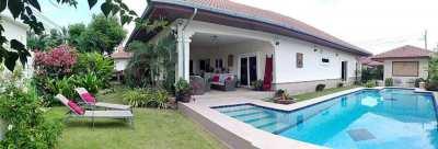 Centrally located pool villa Hua hin for sale