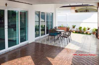 2 Bed Villa @ Bang Saray - 5 minutes from beach - Reduced by 400,000BT
