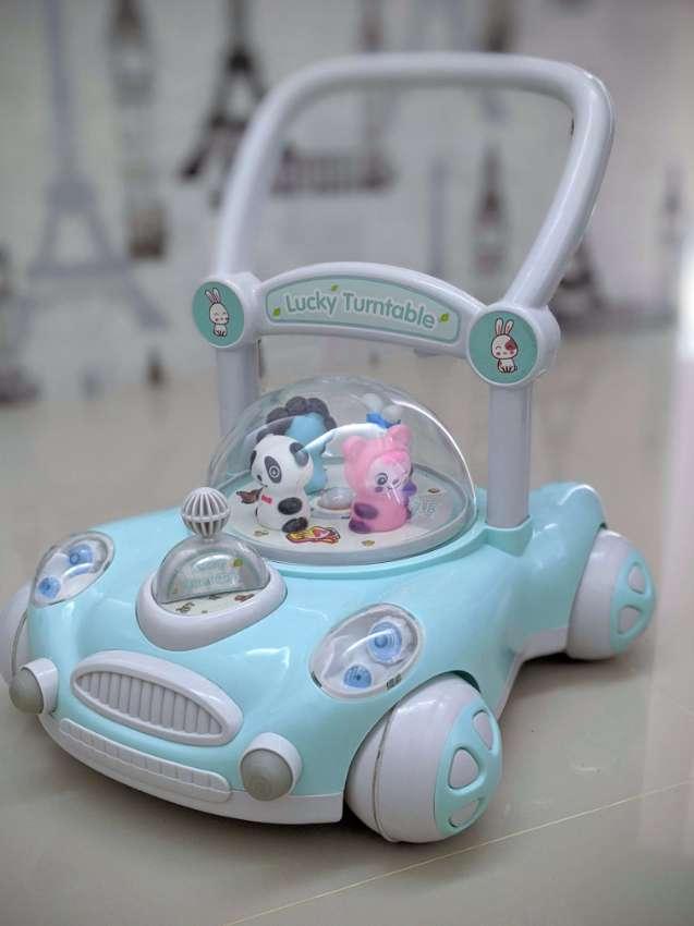 Baby Walker - help baby learn to walk