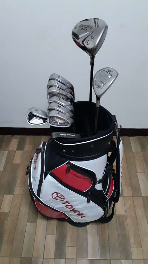 Complete golf club set (TOURSTAGE)