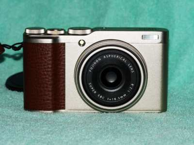 New in box Fujifilm XF10, 4K Video 24.2MP APS-C sensor Digital Camera