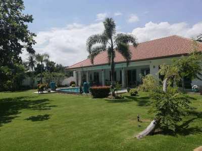 Luxury vila on corner plot near khao kalok beach