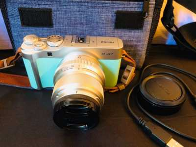 Fuji XA-7 Camera Super EBC 23mm lens