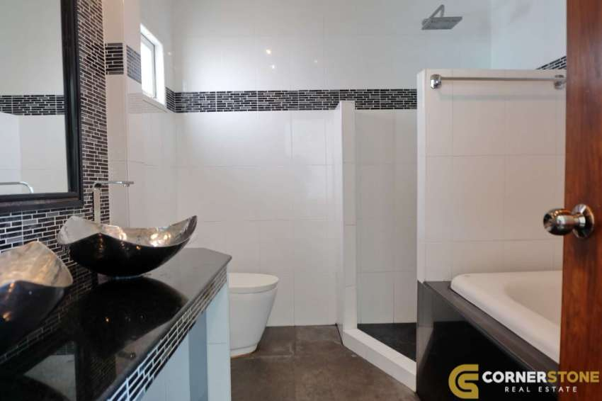 #HR1921  A Beautiful Private Pool 3Bed 2 Bath For Rent @ 20,000.-
