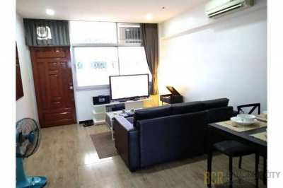 Siam Rama 9 Condo Very Spacious 4 Bedroom Unit for Rent at Low Price