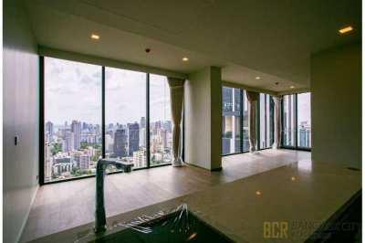 Celes Asoke Ultra Luxury Condo Very High Floor 3 Bedroom Unit for Rent