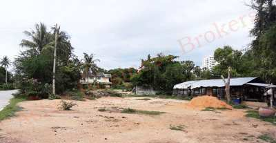 4304007 Freehold 1 Rai Land in Bang Ket, Cha Am