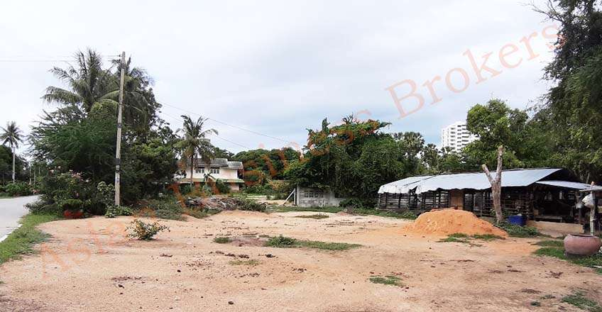 4304007 Freehold 1 Rai Land in Bang Ket, Cha Am
