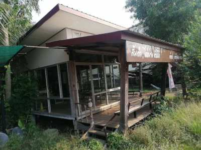 Transportable Coffeshop/resturant/salon