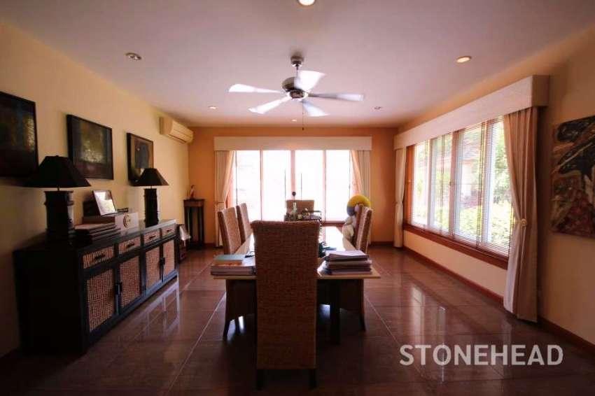 Two Story Luxury Pool Villa Soi 6 Hua Hin