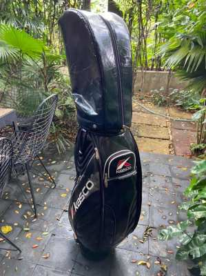 Selection of Golf Clubs, Bag & Putting Set – Great for Beginner