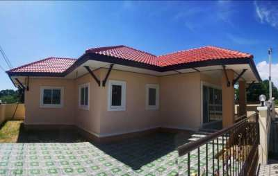 3 Bedroom house for sale close to Narai road and Mae Ramphueng beach