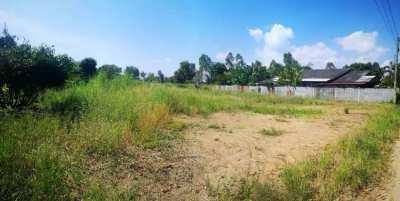 Land plot 201.3 sqw / 805.2 m² - close in Mae Ramphueng Beach.