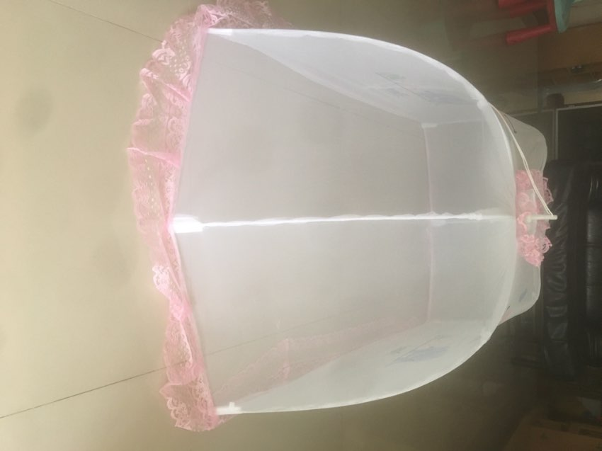 Mosquito net for baby, free standing & foldable.
