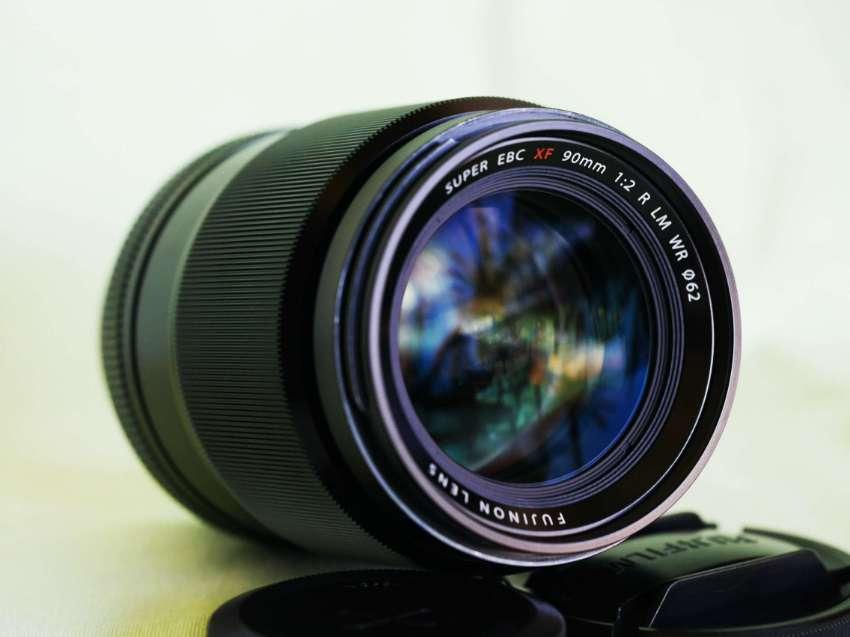 Fuji Fujinon XF 90mm F/2 R LM WR (Weather Resistant) Lens