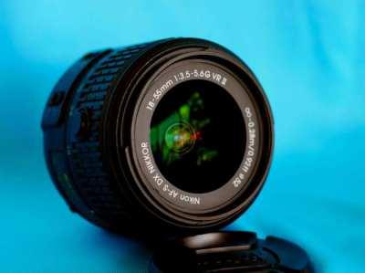 Nikon AF-S DX NIKKOR 18-55mm F/3.5-5.6G VR II AF-S G Zoom