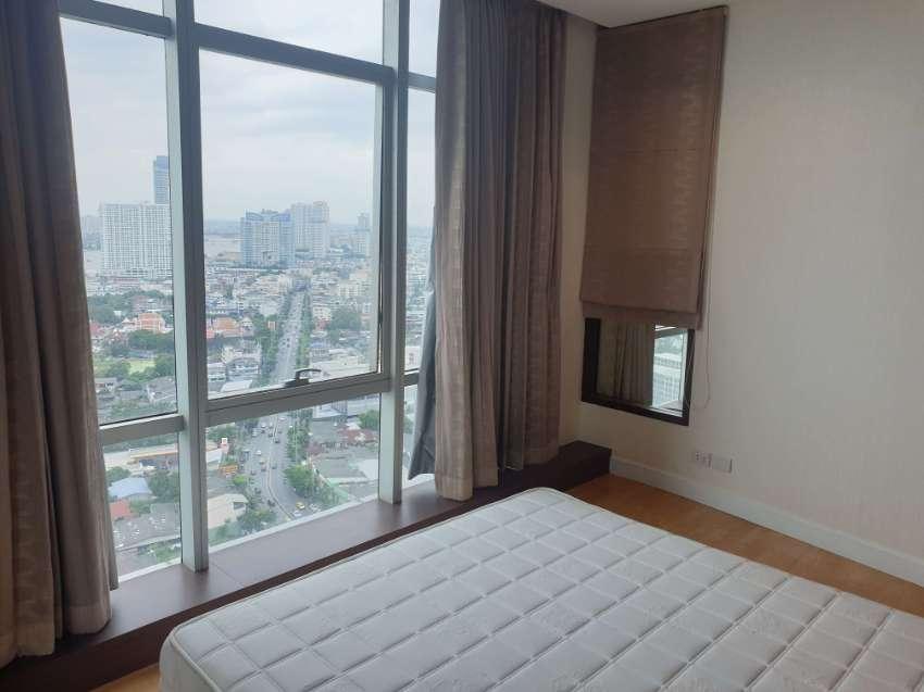 Exclusive Riverside Condo For Rent  BAAN SATHORN CHAO PRAYA