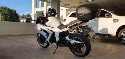 Kawasaki Ninja 650cc ER6