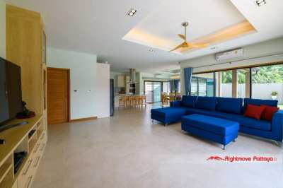 Stunning pool villa @ Baan Pattaya 5