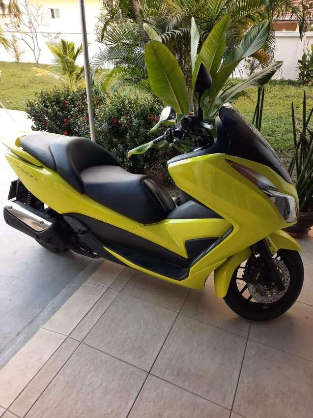 Honda Forza 300 cc, 2017 9900 km
