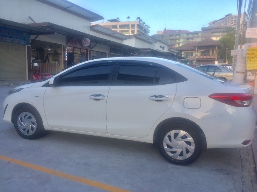 Car in good condition Toyota Yaris AVIS for Sale