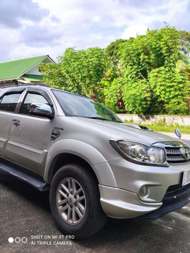 Well maintained Toyota Fortuner 2005