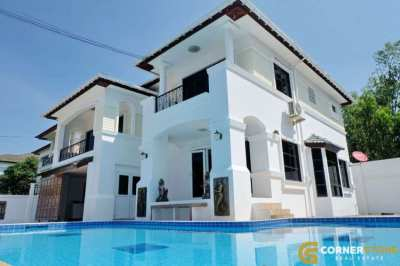 #HSR1943 Private Pool House 4 Bed 3 Bath For Rent @ Central Park 5