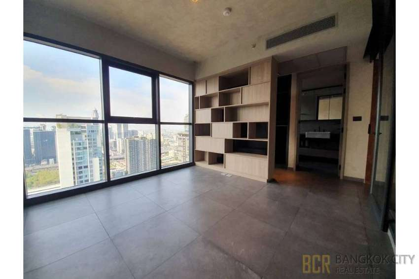 The Lofts Asoke Ultra Luxury 3 Bedroom Duplex Penthouse for Rent/Sale