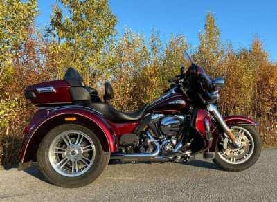 Harley-Davidson Trike, Tri Glide Ultra