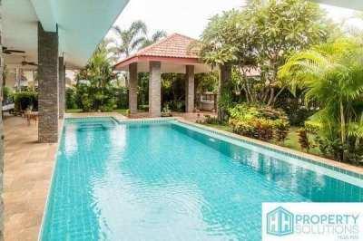 2 bed L-shape pool villa