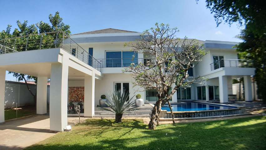 #3151 ITALIAN STYLE POOL VILLA NEWLY COMPLETED. READY TO MOVE IN.  BEA