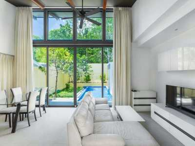 Private Pool Villa close to Laguna, Blue Tree Water Park, Boat Avenue,