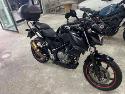 2014 Honda CB300F  - Great Condition, Top Box + Phone Charger included