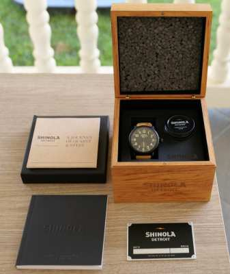 SHINOLA RUNWELL 41 MM … Very good Condition