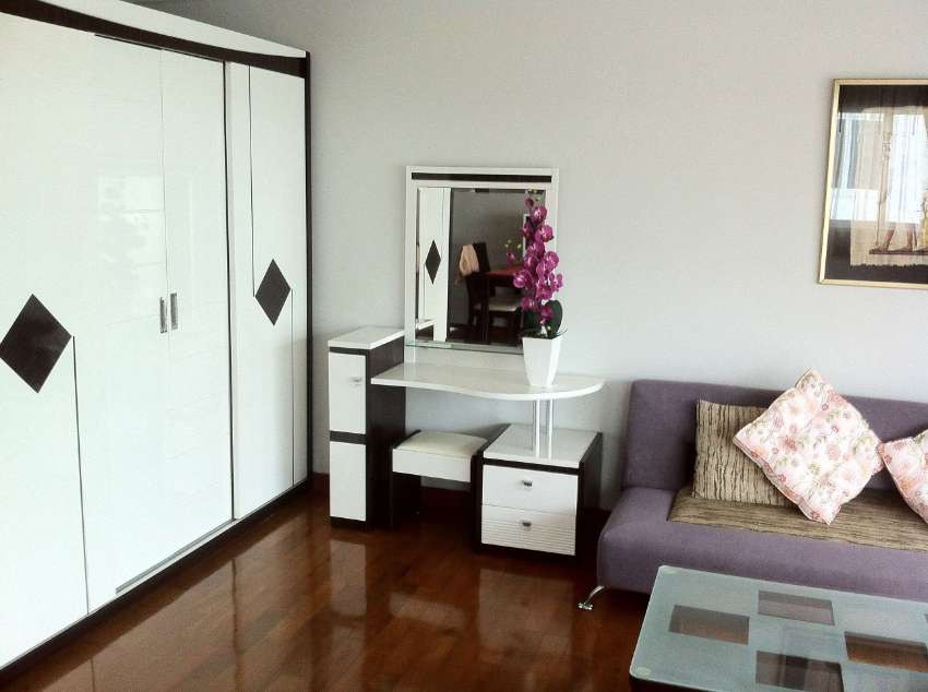 NOW OR NEVER: STUDIO 58 SQM DIRECT @ SEA FOR AFFORDABLE PRICE