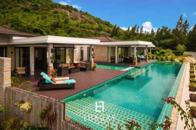 2 Pool Villas with 5 Bedrooms Sale 12,500,000 THB