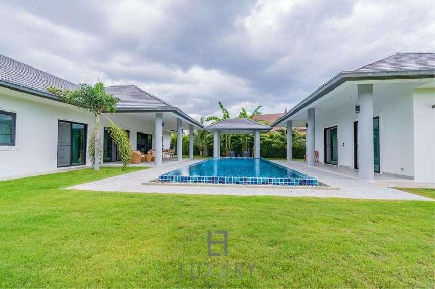 Luxury 3 Bedroom Pool Villa