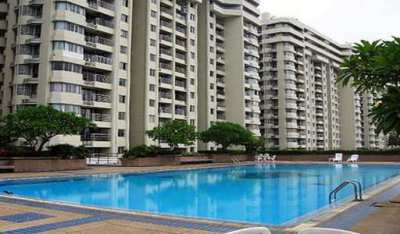2 BR condo fully equipped with essential house items ready to move in