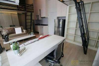 Noble Revolve Ratchada 2 Luxury Condo Modern Studio Loft Unit