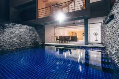 5BR Villa at Phuket golf course close to International Schools