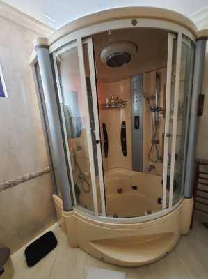 ตู้อาบน้ำสภาพดี !!!